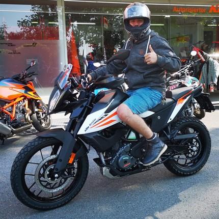 Fahrzeugübergabe KTM Wir wünschen viel Spaß mit der neuen KTM und stets eine GUTE FAHRT!!  Motobike-Team, Bregenz