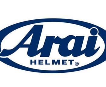 Keine Kompromisse  Deshalb beschloss Mitch Arai, bessere Helme zu machen. Keine Helme, die in großen Mengen verkauft werden sollten, oder Helme um am meisten Gewinn zu machen, sondern Helme, die mehr Schutz boten, da er wi...