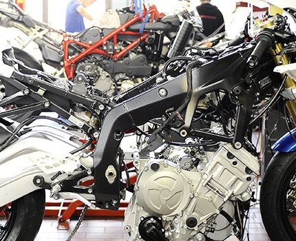 Aktuelle Tuninangebote Profitiere von unserer großen Motorsporterfahrung in der IDM! Ob Motor- oder Fahrwerkstuning, Spezialumbauten, eine Feinabstimmung deines Motorrads oder optisches Tuning - MCA berät individuell und setzt professionell um. ...