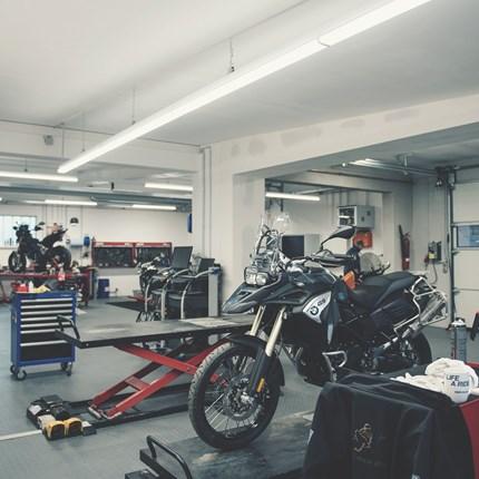 0% Reparaturfinanzierung  Gönn dir was mit der MCA 0% Reparaturfinanzierung* Steht eine ungeplante Reparatur deines Bikes an oder möchtest du Zubehör nachrüsten, dann gönn dir einfach die MCA 0% Reparaturfinanzierung.Egal ob Inspektions- oder Wart...