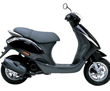 Neumotorrad Piaggio Zip 50 4T