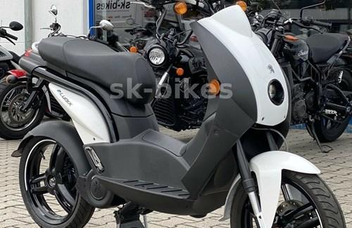 Neumotorrad Peugeot e-Ludix