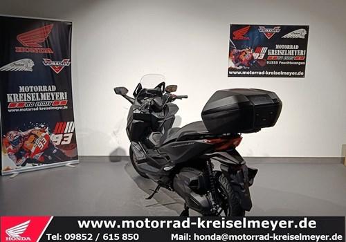 Honda Forza 350