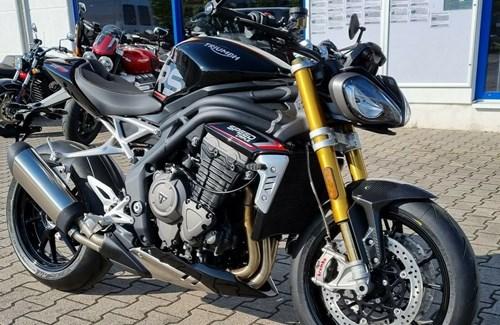 Neumotorrad Triumph Speed Triple 1200 RS