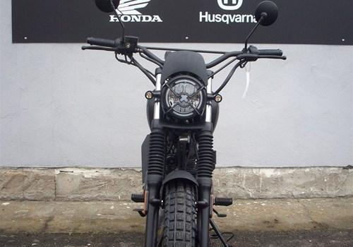 Brixton BX 125 X