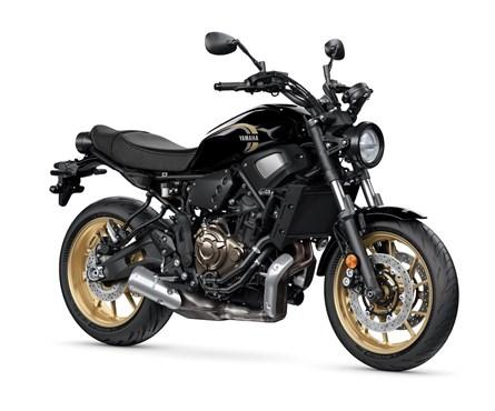 Neumotorrad Yamaha XSR700