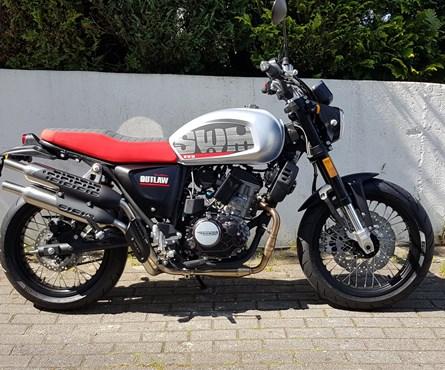 Neumotorrad SWM Gran Milano Outlaw 125
