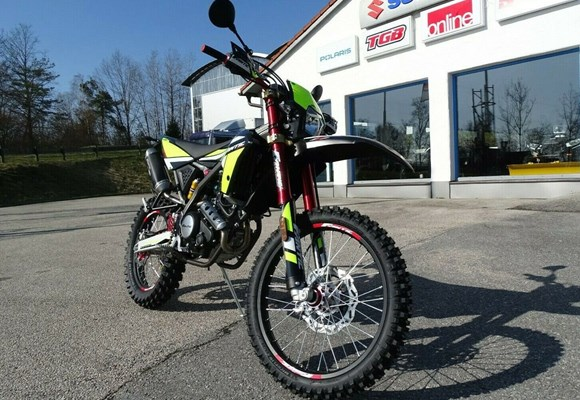 Fantic XEF 125 Competition