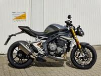 Gebrauchtmotorrad Triumph Speed Triple 1200 RS