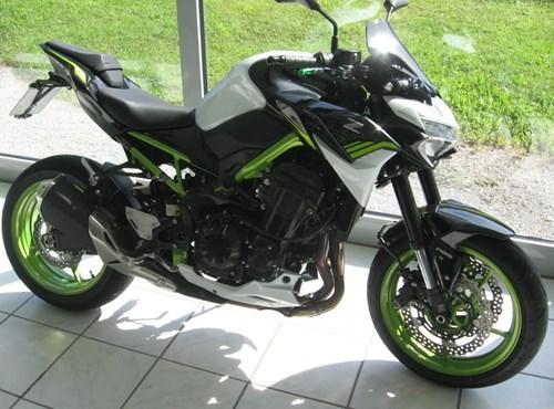 GEBRAUCHTE Kawasaki Z900