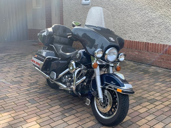 Gebrauchtmotorrad Harley-Davidson Electra Glide Classic FLHTC