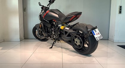 Neumotorrad Ducati XDiavel Black Star