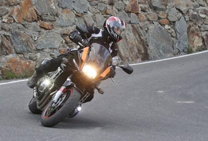 Motorrad Tour 1000km Tagestour mit 14 Pässen