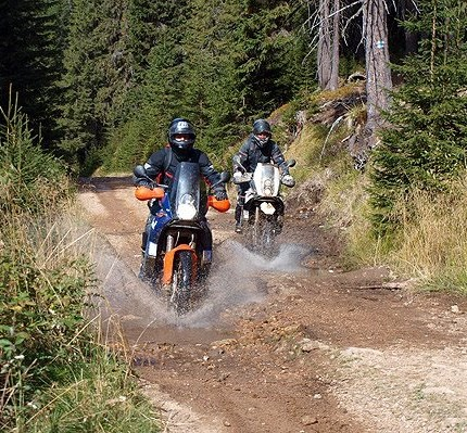 Wildnis Karpaten Tour 22.05.-26.05.2017 Abenteuer Rumänien - Wildnis Karpaten Tour(www.motorradreisen-balkan.de)(Anreise: 21.05.2017, Abreise: 27.05.2017)Diese Abenteue...