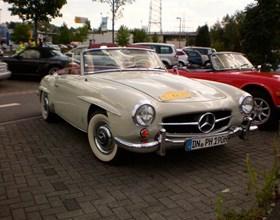 """15.Oldtimer-Veteranenfahrt für Automobile und Motorräder """"Rösrath Classic""""am 15.Juli 2012Start und Ziel ist am Krewelshof, 53797 Lohmar, gegen..."""