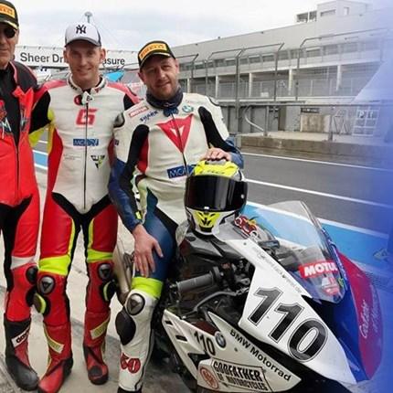 MCA Racing beim 1000 km Rennen Beim 1000 km Rennen auf dem Hockenheimring ist das MCA Racing Team am Ostersamstag natürlich wieder mit dabei!Jeder ist herzlich eingeladen, sich ...