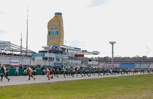 1.000 km - Rennen im DLC - das Triumph Rheinhessen Team ist dabei!