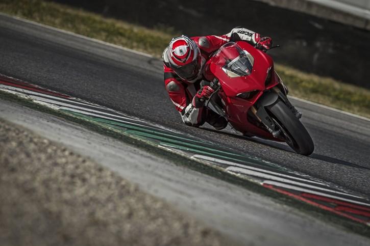 Ducati Panigale V4 S 2019 Schnäppchen