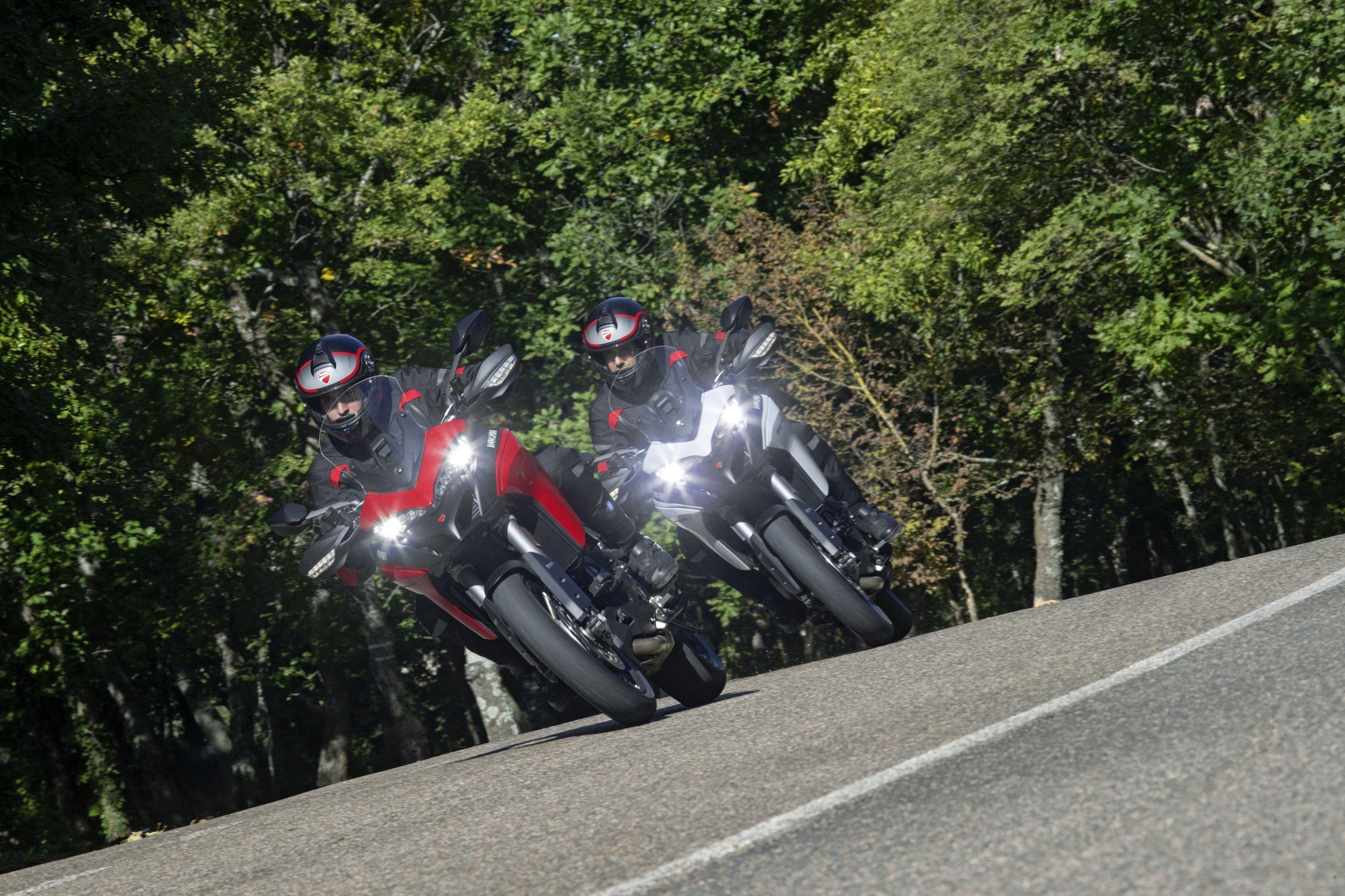 BMW F 900 XR vs. Ducati Multistrada 950 S und Yamaha
