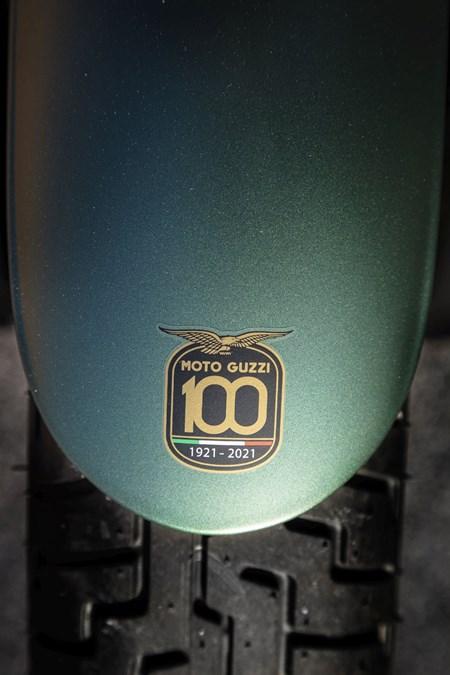 V9 Bobber Centenario