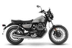 Moto Guzzi V9 Roamer 2021