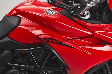 Turismo Veloce 800 Rosso