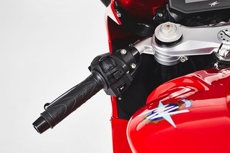 F3 800 Rosso