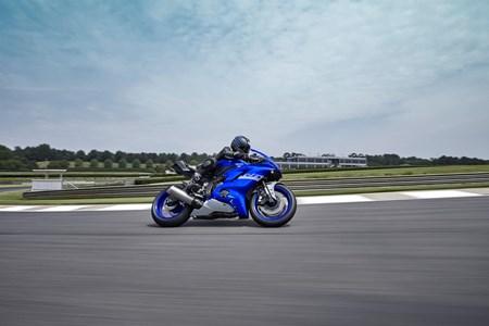 YZF-R6 RACE
