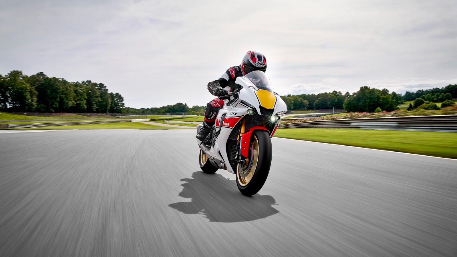 Yamaha R1 World GP 60th Anniversary