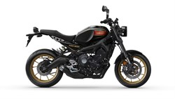 Yamaha XSR900 2021