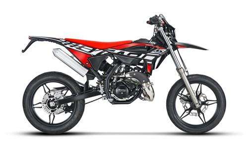 Super-Moto
