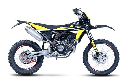 XEF 125 Performance