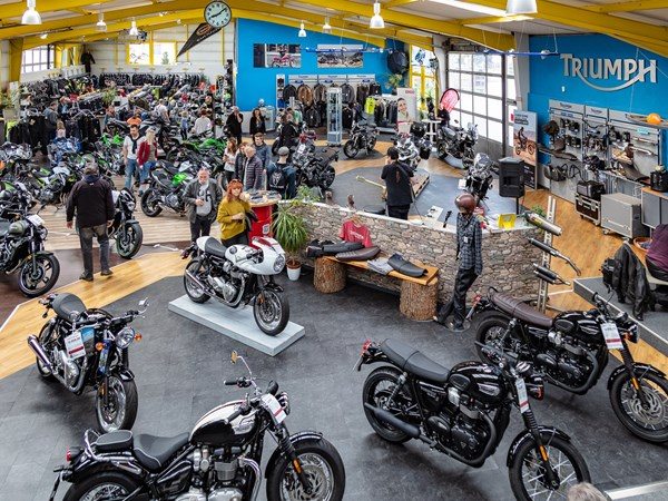 Azubi Automobilkaufmann Schwerpunkt Motorrad