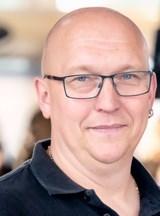 Thorsten  Steil