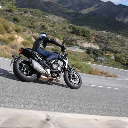 Willst du dein Traum-Motorrad ausgiebig fahren? Einen Tag? Ein Wochenende? Eine Woche?