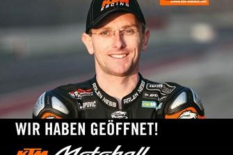 """Bild zum Bericht: Martin Bauer als """"KTM Hero"""" zu sehen in der KTM Motohall!"""