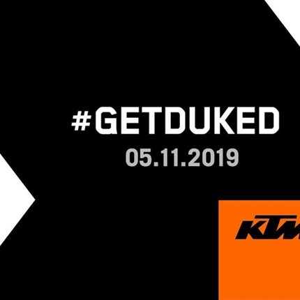 Naked Bike-Neuauflage kommt zur EICMA  Biker, wie die Zeit vergeht! Über fünf Jahre ist es her, seit KTM das Über-Naked-Bike präsentierte – und KTM werkelt schon mit H... Weiter >>