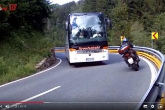 Bild zum Bericht: Die richtige Linie auf der Landstrasse: Neues Video von 1000PS.at online