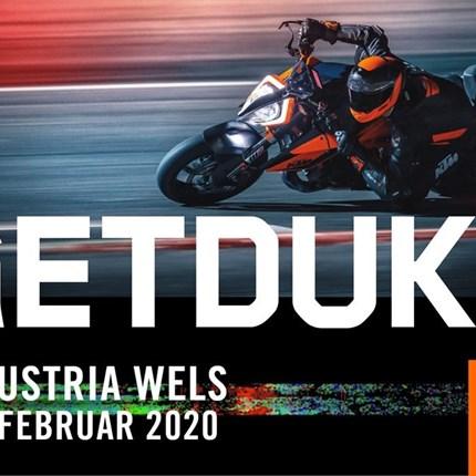 """KTM bei der Moto-Austria Wels   KTM-Modellhighlights auf der Messe Wels: Die KTM 1290 SUPER DUKE R wurde """"re-Beasted"""". Bereits in der Vergangenheit konnte KTMs... Weiter >>"""