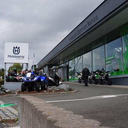 Wir sind für Euch da! Einfach anrufen und Termin vereinbaren....  Ab dem 08.03.2021* ist der Motorrad Verkauf Moto K-Team Rehauauch wieder persönlich für Euch da! Bitte vereinbart vorher eine... Weiter >>