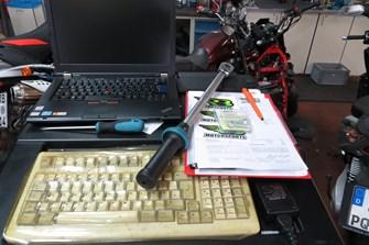 KFZ -Mechatroniker m/w/d gesucht (bevorzugt Zweiradmechantroniker)