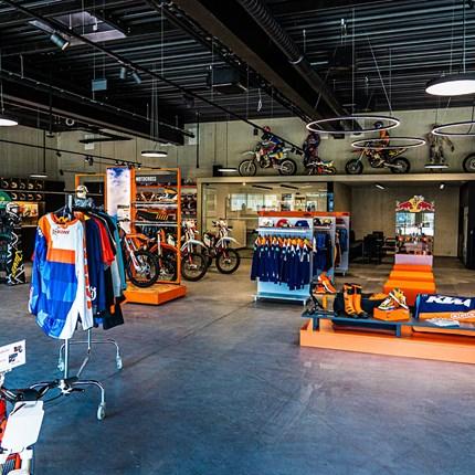 Walktrough Kini Shop - Epsiode 7 - Heinz und die Motorräder