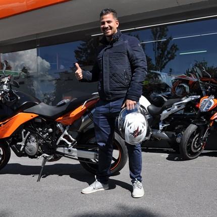 unsere KTM 990 Supermoto....  ...hat einen neuen Besitzer - wir wünschen Marcel alles Gute und viel Spaß!! Motobike-Team