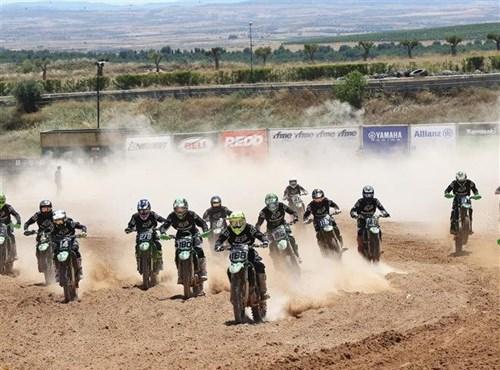 García y Seisdedos, triunfadores en la Team Green Cup en Motorland