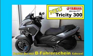 Tricity 300 bei Motorrad KLUG