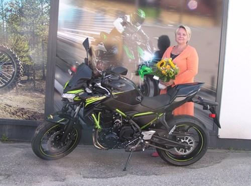 Motorradfahren hebt Grenzen auf. Mensch und Maschine, Natur und Technik, alles wird eins.