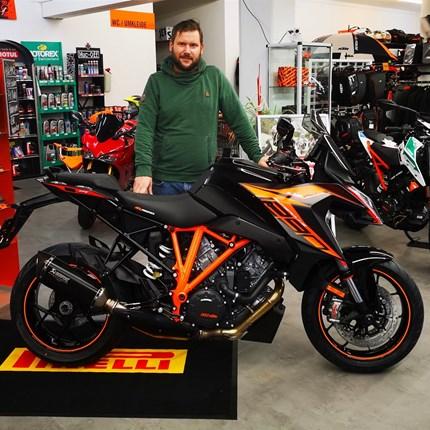 Ein weiterer glücklicher Kunde  Wir wünschen Stefan Köppel allzeit gute Fahrt und viel Spaß mit seiner neuen KTM Super Duke GT!!