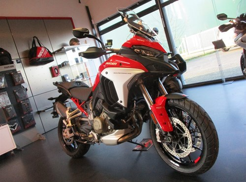 2021- NEWS = Ducati Multistrada V4 - JETZT bei uns !
