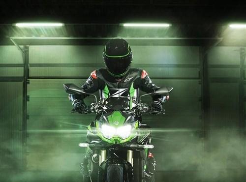 Kawasaki lanza los modelos 2021 y presenta nuevas innovaciones tecnológicas