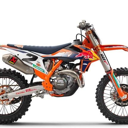 Die MX- Spezial Modelle 450 SX-F Factory Edition und 250 SX-F Troy Lee Design jetzt bei KTM Walzer KTM 250 SX-F TROY LEE DESIGNS 2021 LISTENPREIS: 11.199,00 EUR* Nur wenige andere Disziplinen des Offroad-Motorradsports bieten m... Weiter >>